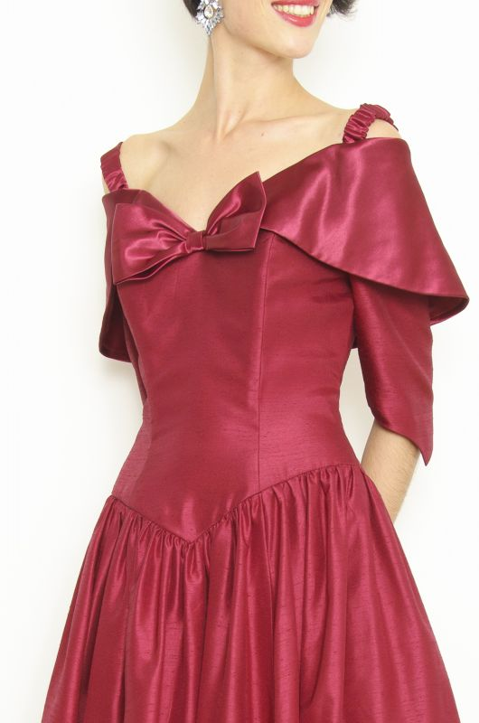 Vintage 80s Prom Dresses with Sleeves