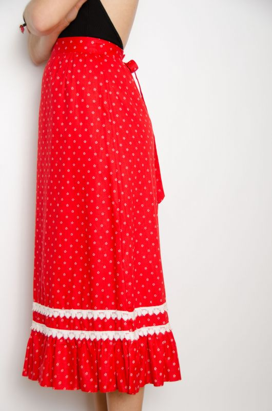 ed7ac923ef Vintage 70s Folk Red Maxi Skirt Size XS - Bichovintage - Online vintage and  retro clothing store