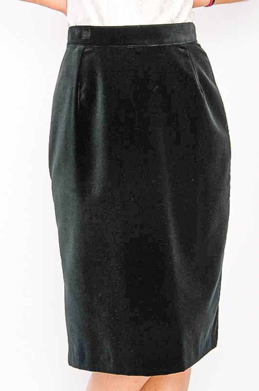 3e651c6157 Classic Vintage Black Velvet Pencil Skirt - Bichovintage - Online vintage  and retro clothing store