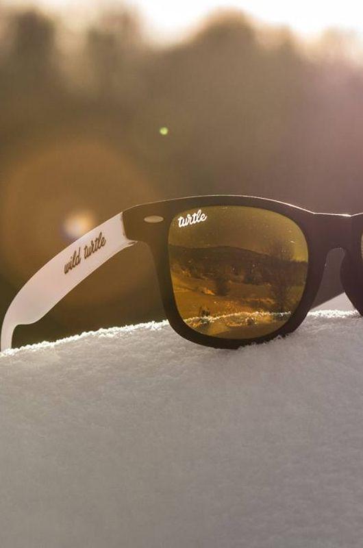 Gafas de sol Wild Turtle B&W Red Classic